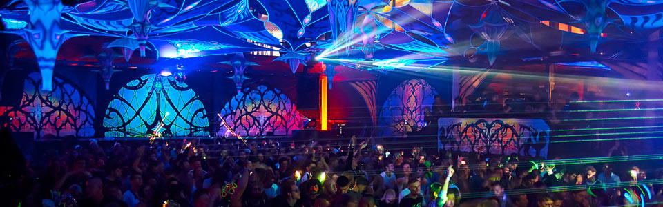 Odyssee berlin berlins new years eve electronic music - Party deko berlin ...